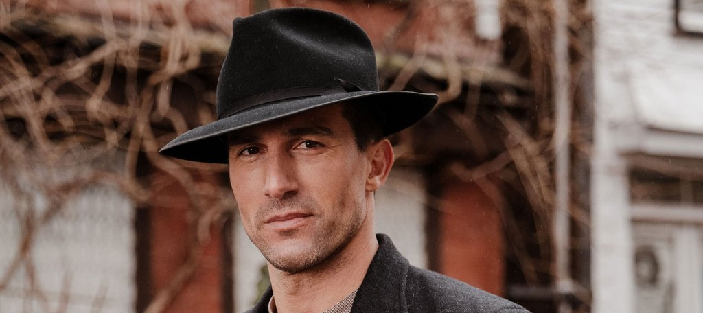 Hat A Perfect Accessory: Tips To Elegantly Carry The Fedora Hat